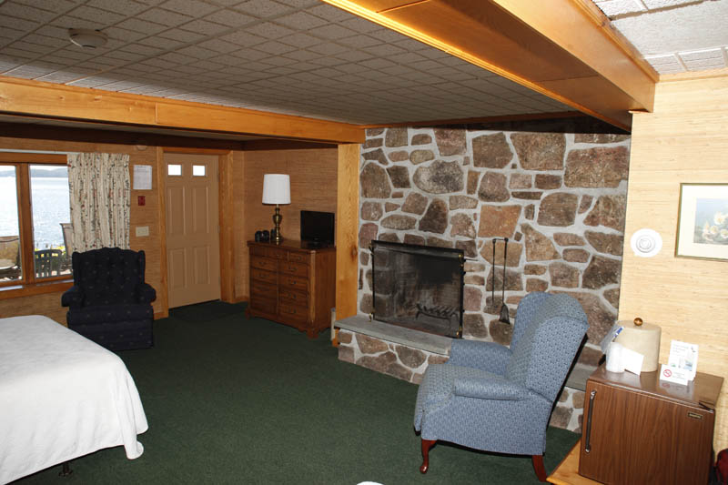 Lake George Chalet with fireplace