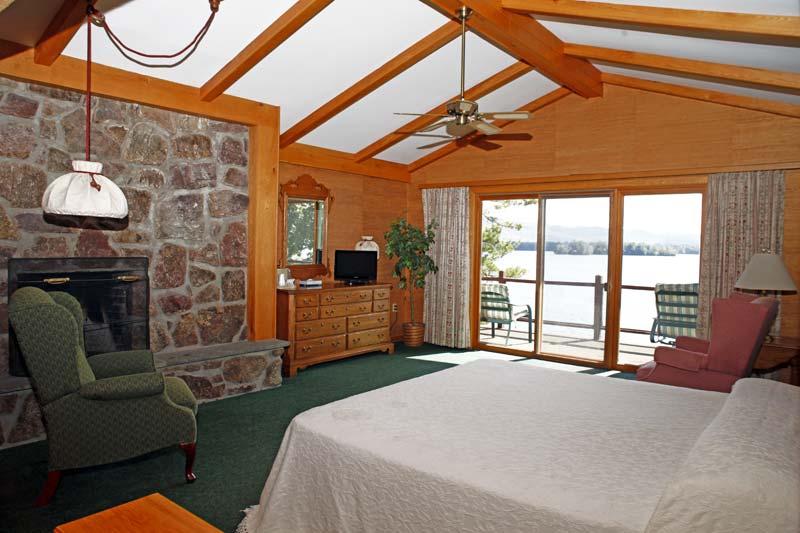 Canoe Island Resort Guestroom